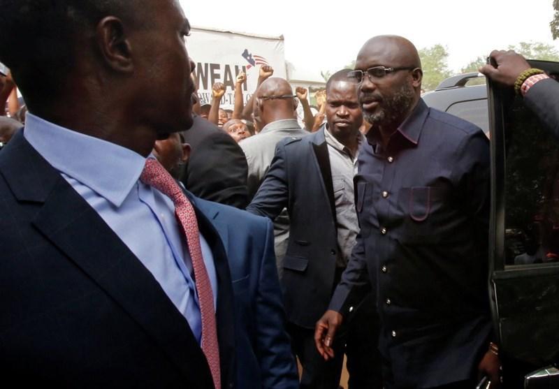 فوتبال دنیا، بازی رئیس جمهور لیبریا در ترکیب تیم ملی کشورش