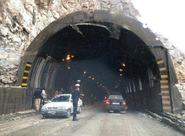 نظریان در مصاحبه با خبرنگاران عنوان نمود؛ آخرین وضعیت مصدومان ریزش تونل در استان البرز، اعزام 2 مصدوم به بیمارستان مطهری تهران