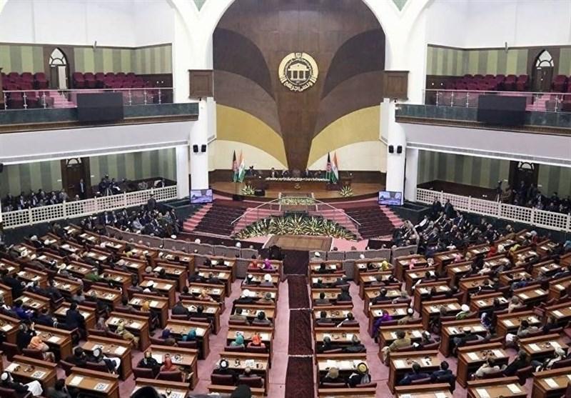 گزارش خبرنگاران، چالش نبود 33 نماینده کابل و سردرگمی در نخستین نشست دور هفدهم مجلس افغانستان