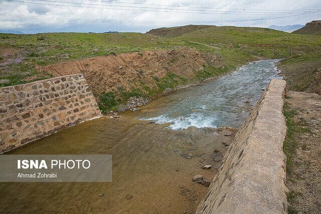 انجام عملیات آبخیزداری در حوزه های مختلف مرکز لرستان
