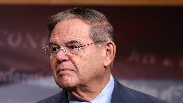 سناتور آمریکایی علیه کار اجباری در سینکیانگ