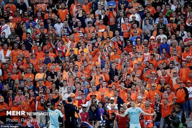تدبیرفدراسیون فوتبال هلند برای یاری به باشگاه ها، جبران خسارت کرونا