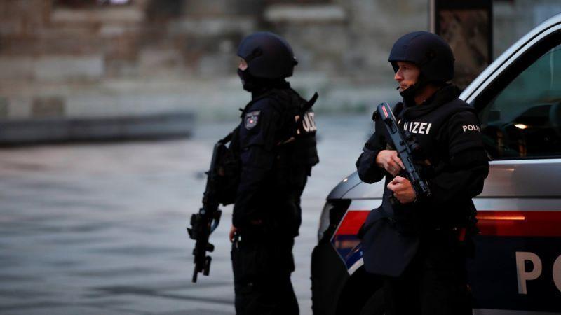بازداشت 2نفر در ارتباط با حمله تروریستی وین